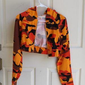Jackets & Blazers - Hooded Camo Crop Sweater